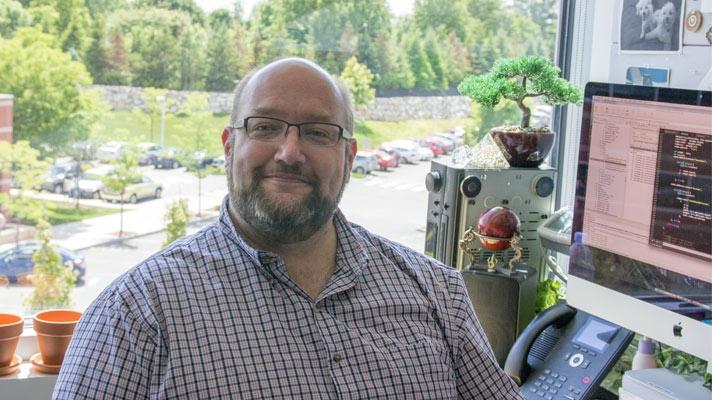 Luke, ingeniero de software
