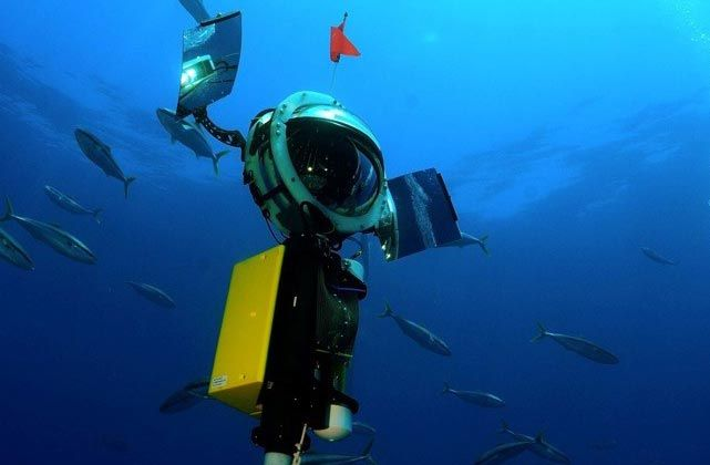 The Driftcam in use in the ocean. Diver shown next to Dropcam.