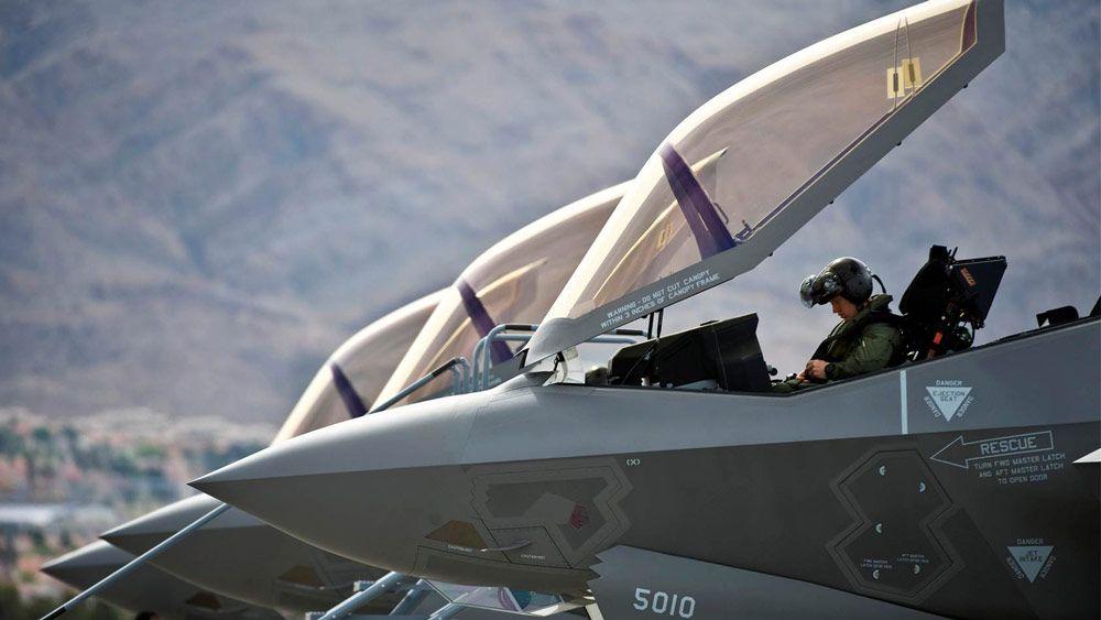 Lockheed Martin crea modelos de SimEvents para predecir el rendimiento de la flota.