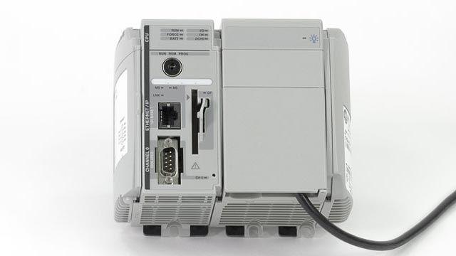 Simulink PLC Coder soporta muchos IDEs de terceros, incluidos Siemens STEP 7/TIA Portal, Rockwell Automation Studio 5000, 3S CODESYS y PLCopen XML.