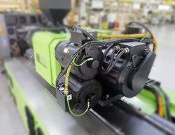 Unidad de inyección ENGEL. MATLAB y Simulink contribuyeron a acelerar el desarrollo de controladores de máquinas de moldeo por inyección.
